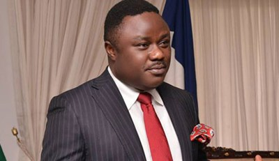 AYADE PAYS SEPTEMBER SALARY TO PRIMARY SCHOOL TEACHERS